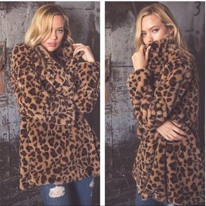 Vegan Fur Leopard Print Jacket